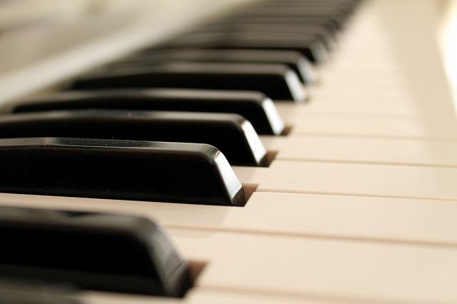 piano-2171007_640